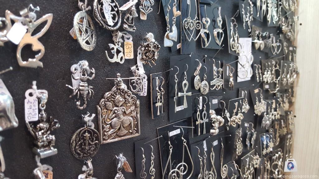 colgantes de plata de simbologia en zaragoza